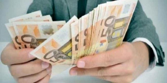 Assicurazione auto i costi aumentano in base all anno di - Assicurazione casa si puo detrarre dal 730 ...